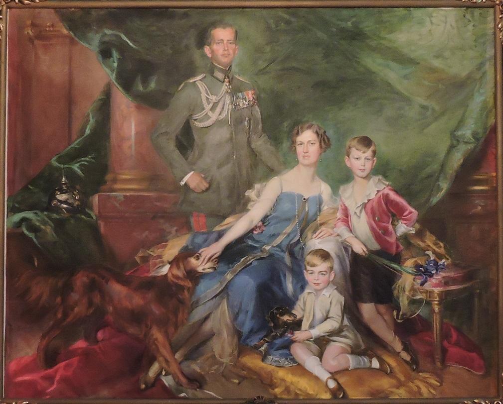 Afb. Het gezin Von Ilsemann-Van Aldenburg Bentinck op een groepsportret door Adolf Pirsch.