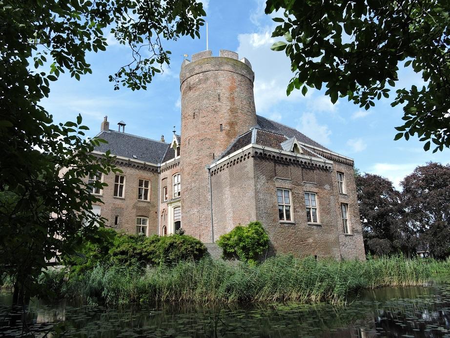 Zomertip  kasteel Loenersloot, het best bewaarde geheim van Utrecht   Adel in Nederland