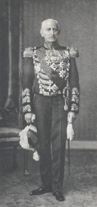 Afb. 2. Grootvader jonkheer H.H.J.M. van de Poll - de laatste opperschenker aan het Hof, foto met dank aan het Nederland's Adelsboek 1910.
