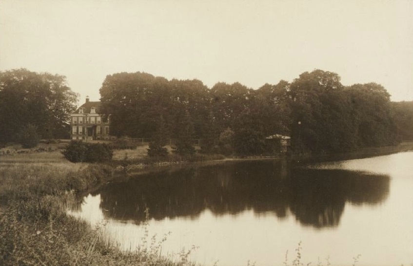 Afb. Huis Westerveld in Elden, ansichtkaart part. coll.