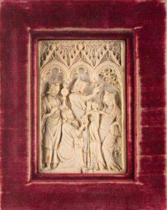 Afb. 1. Het 15e eeuwse ivoren triptiek.