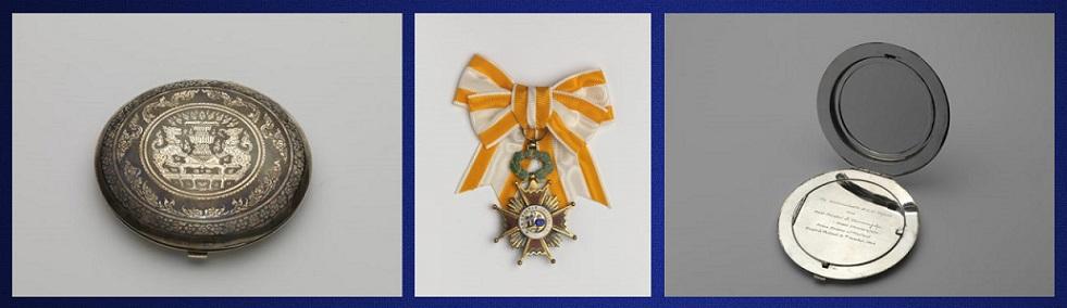 Afb. In het midden een Spaanse Orde en links en rechts een zilveren poederdoos, die Mevrouw Nahuys van de eerste minister van Thailand kreeg. Foto's met dank aan www.paleishetloo.nl.