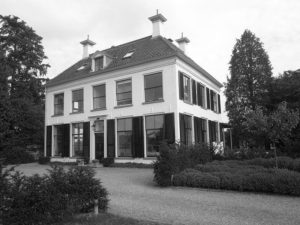 Afb. 2. Huis Overvelde in Diepenveen.