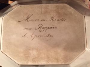 Afb. 2. Gesigneerd door Maria en Minette in 1839.
