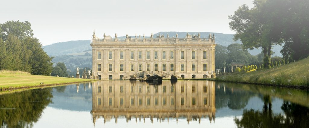 Afb. 2. Chatsworth gezien over het Grand Canal. Foto met dank aan www.chatsworth.org/.